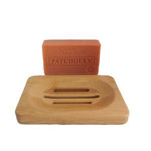 Patchouli zeep met bamboe zeephouder